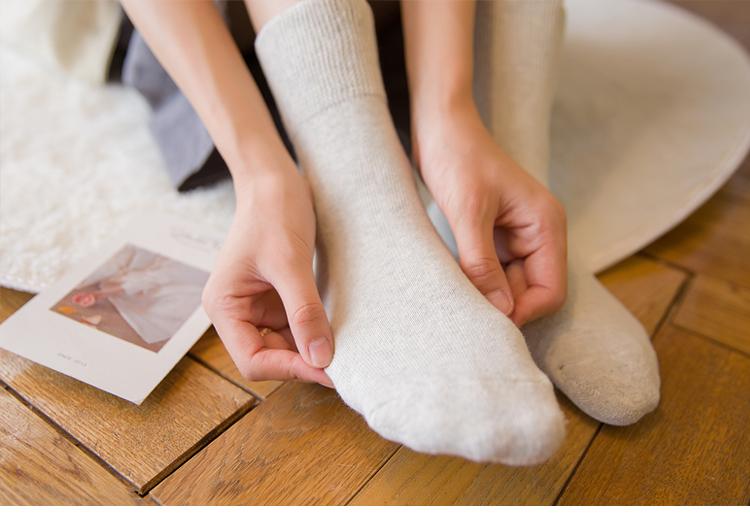 加厚保暖月子袜子纯棉产后秋冬孕妇袜子产后产妇松口袜冬季