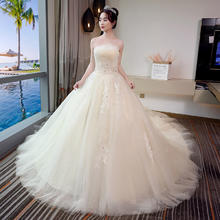 韩式清新蕾丝抹胸婚纱