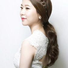 韩式婚纱照的发型