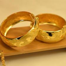 结婚三金五金指的是什么