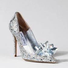 新娘鞋怎么穿比较好看