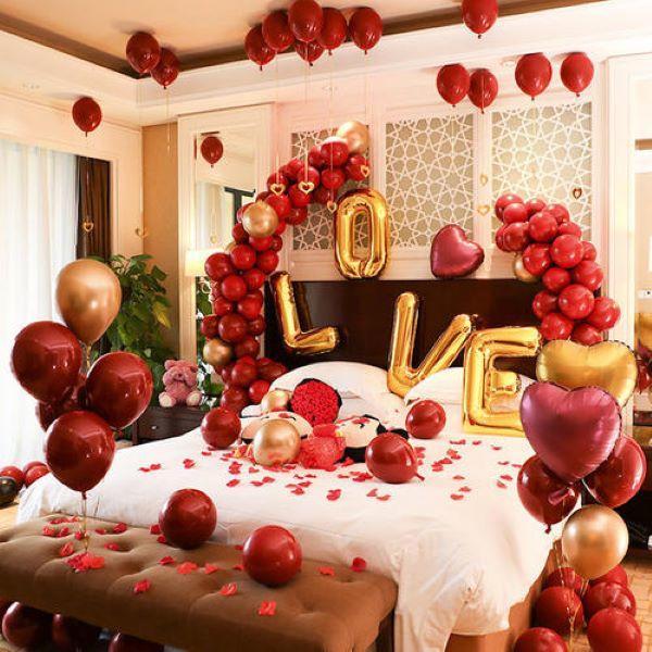 气球装饰婚房布置图片2