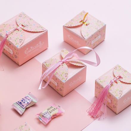 田园系碎花喜糖盒