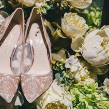 藏婚鞋有什么讲究
