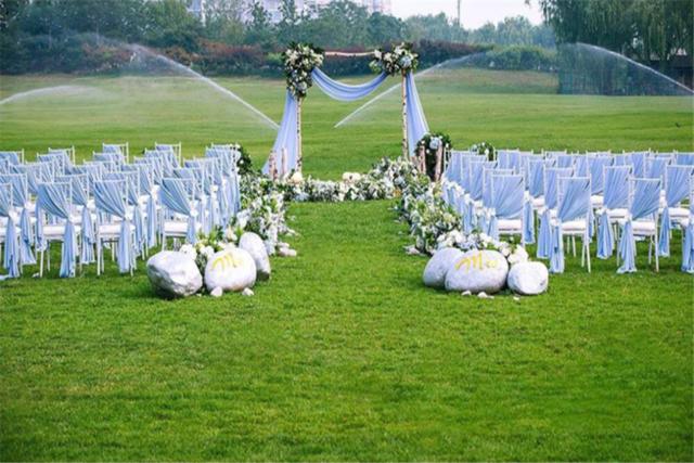 森系草坪婚礼