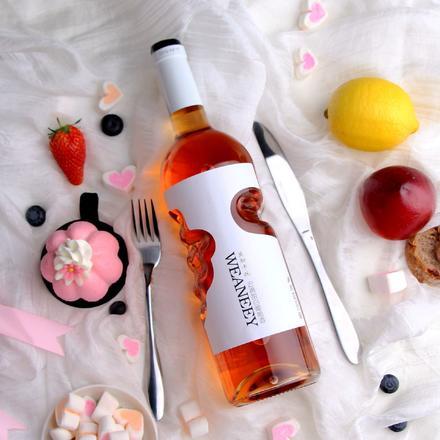 天使之手莫斯卡托晚收甜白葡萄酒