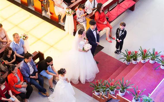婚礼主持怎么主持 婚礼主持人的主持技巧及主持词分享