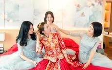 龙凤褂和秀禾服的区别 结婚应该穿龙凤褂还是秀禾服?