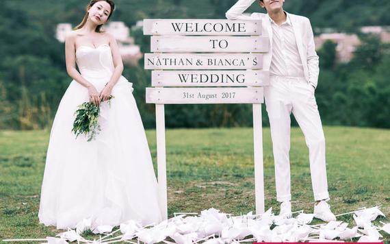 婚纱照内景拍摄怎么选?这几种风格不会过时!