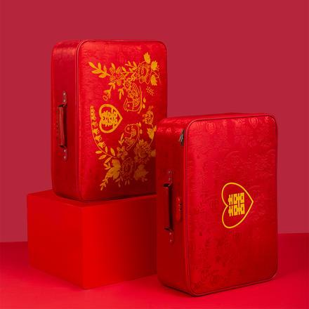 红色皮布婚庆箱男女行李箱