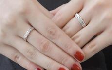 情侣戒指男女戴法