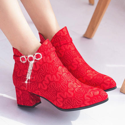 唯美中式蕾丝绒面粗跟尖头流苏加绒保暖婚靴及裸靴
