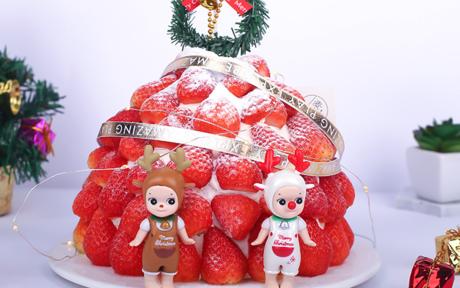 圣诞节主题蛋糕图片 松软香甜又可爱的圣诞蛋糕来啦~