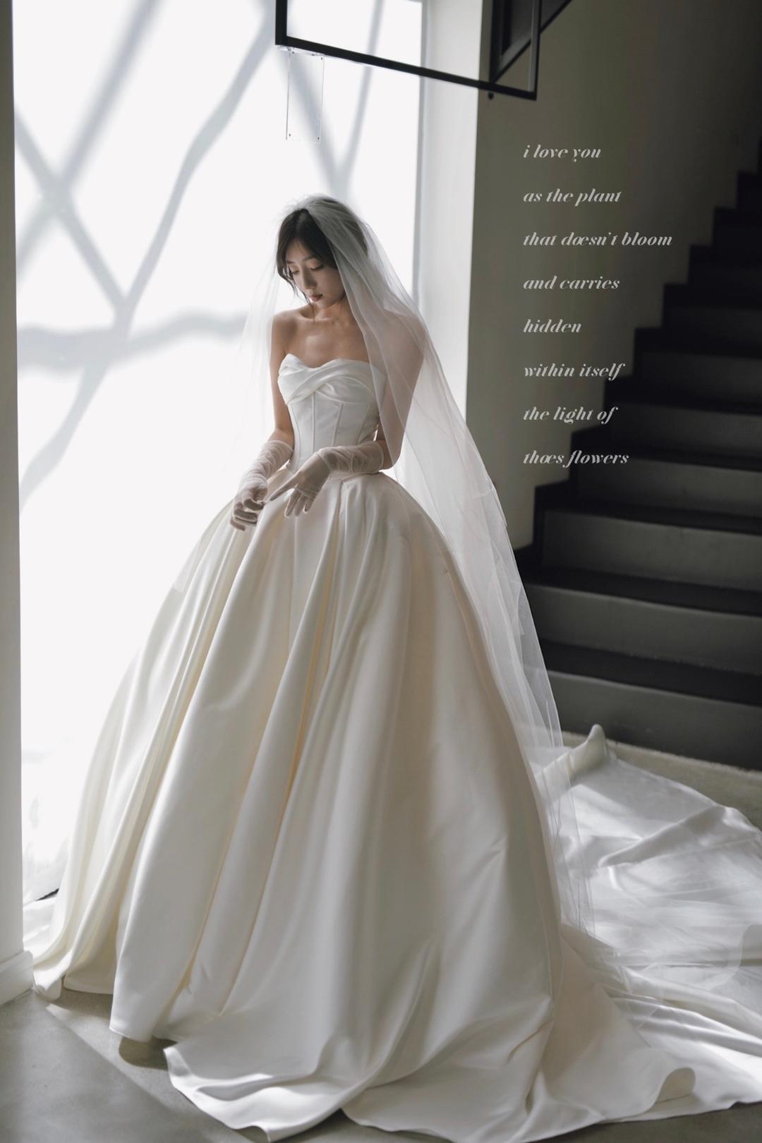 新娘婚纱礼服新款图片2020 新娘婚纱礼服图片大全图片