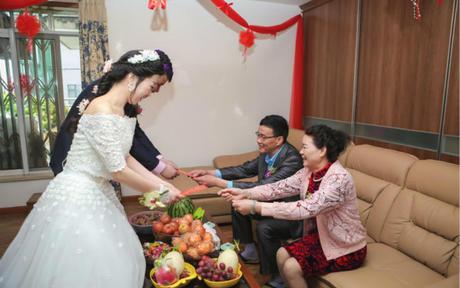 结婚四句大全 结婚四句祝福怎么送