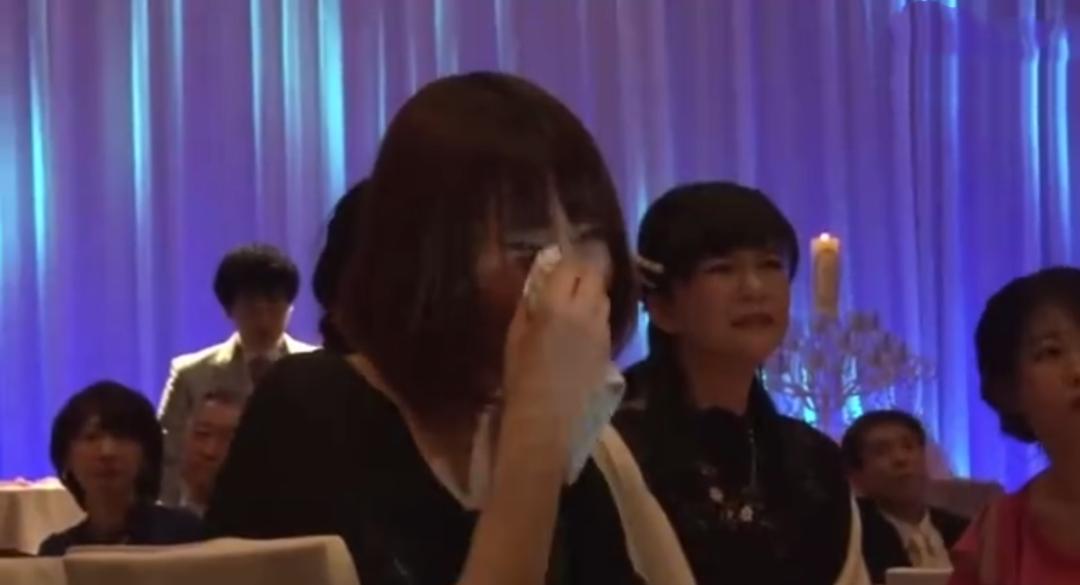 哭泣的宾客