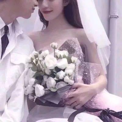 婚纱头像情侣一对2张 32张梦幻浪漫情侣头像