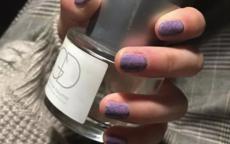紫色美甲图片 春季显白必备美甲