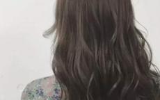 接近黑色的染发颜色   第一次染发可以选这几种发色
