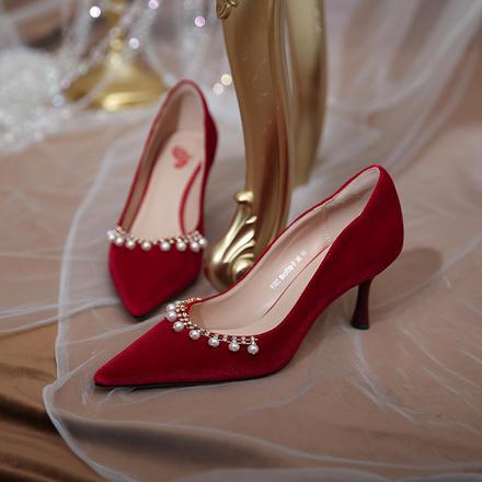 秋冬爆款百搭婚鞋 酒红色绒面珍珠女鞋 日常可穿