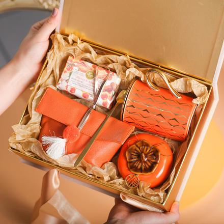 高端实用结婚手提伴手礼盒