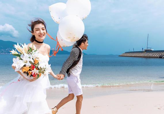 超值团购爆款【底片全送·酒店入住】内外景拍摄婚照