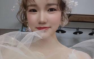 Yz金华上饶总监化妆师婚礼全天跟妆