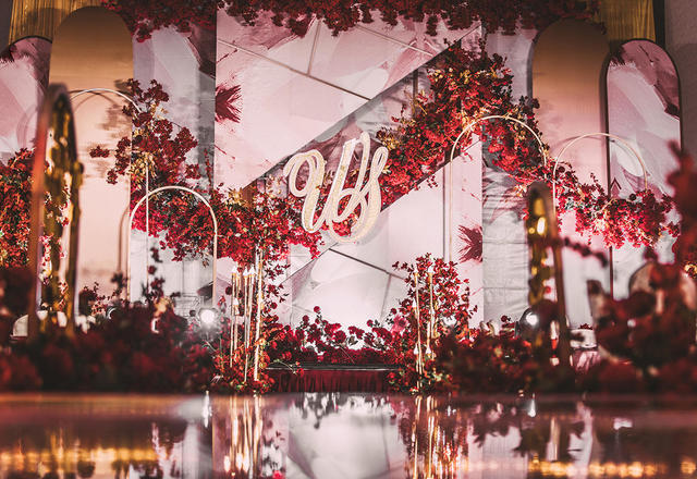 红色系清新婚礼 水彩风格加花卉 轻盈的浓重感