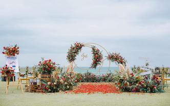 五星級酒店房+草坪+布置+四大金剛,三亞海邊婚禮