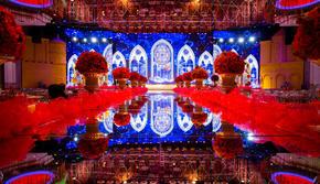 19年大热新中式 镜面T台布景超炫红蓝
