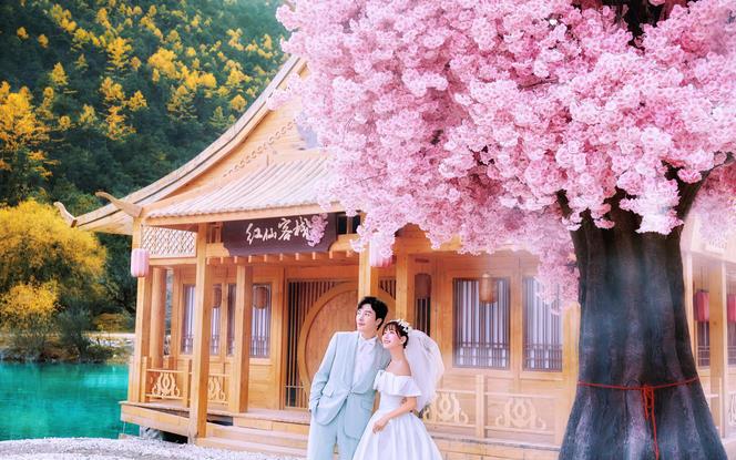 丽江三亚任选【机票补贴+酒店4天】+送婚纱/MV