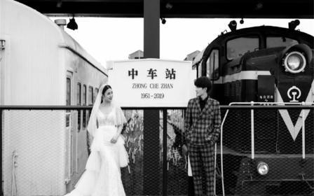 雅典娜婚纱摄影(热推套系)