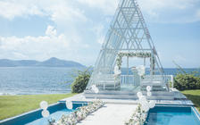 新水晶教堂海边沙滩草坪婚礼