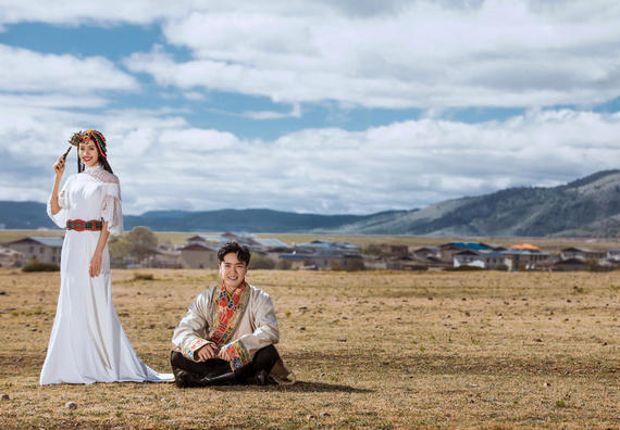 香格里拉旅拍婚纱照 藏装 全程一对一景点任选