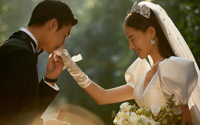 【当季热拍】立减2000+8服8造+万元婚嫁礼包