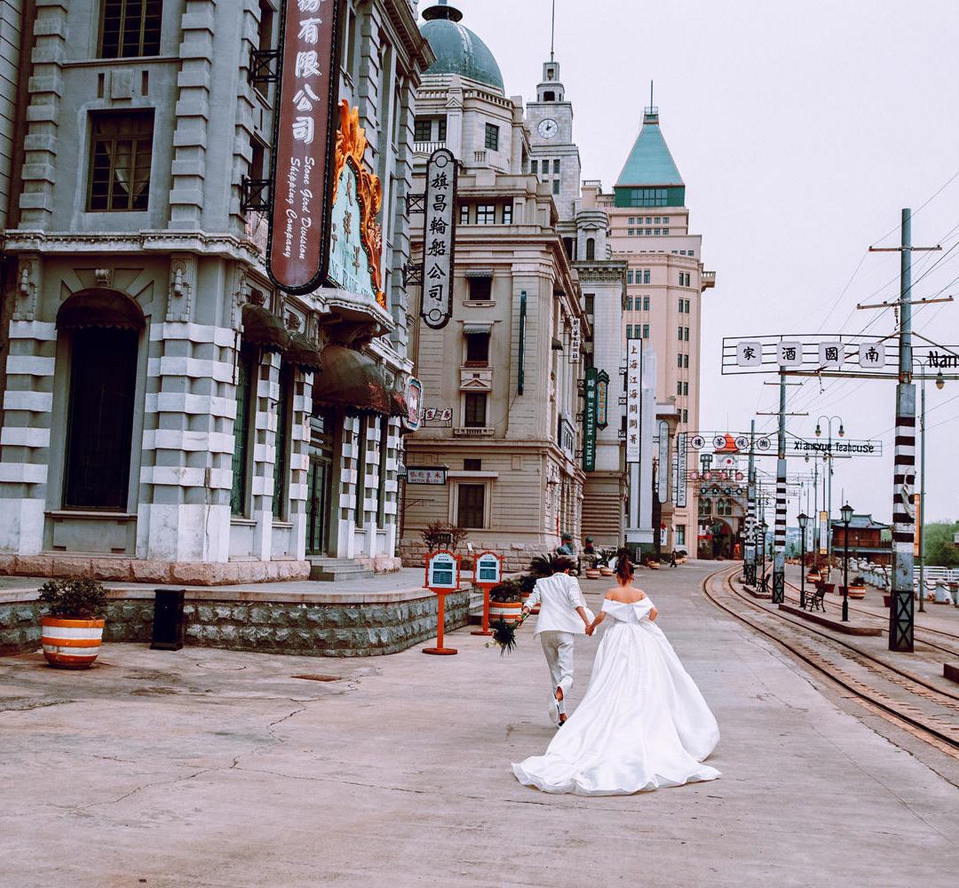 婚纱摄影人气爆款+轻奢时尚+一对一