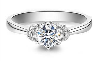 钻石海洋——婚戒——50分为爱加冕