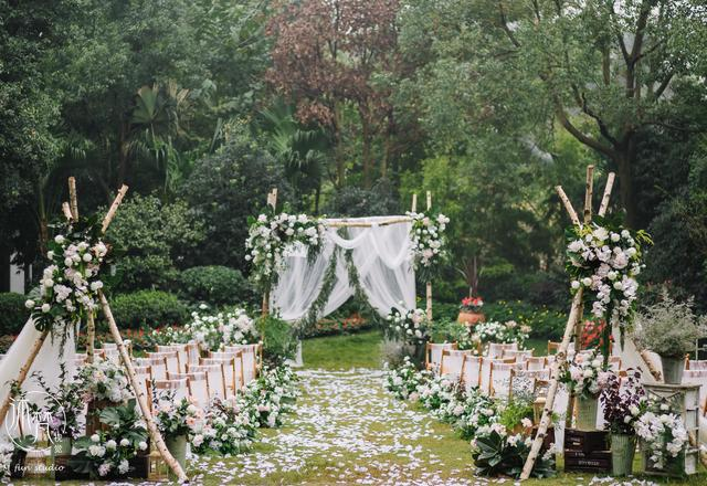【朗瑞婚礼】户外草坪婚礼
