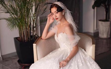 新娘上门单妆+伴娘妆 380元