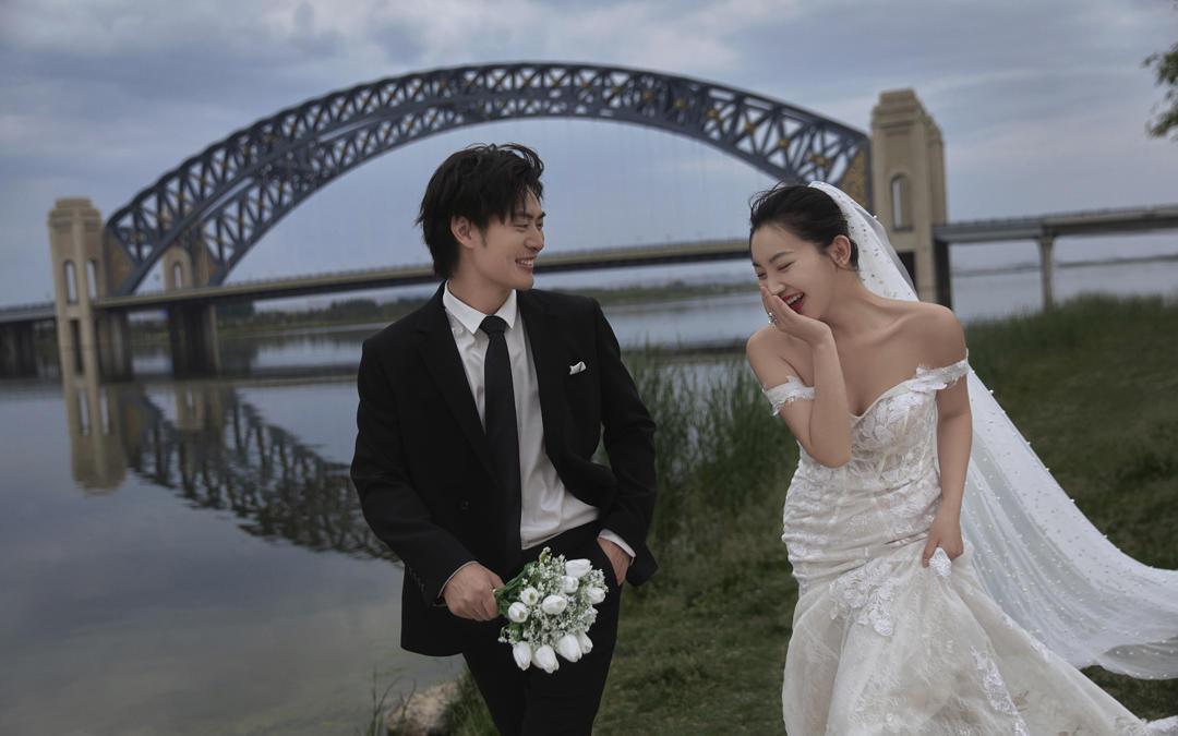 【95后新娘推荐】太原网红桥+ins风+一价全包