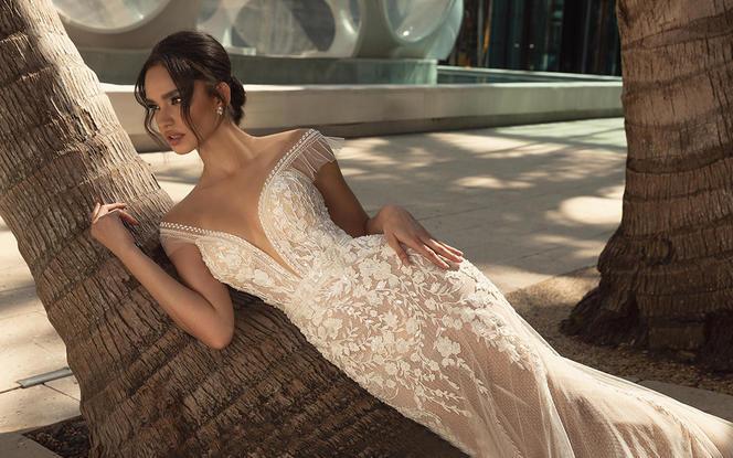 <热推>国际品牌奢华新娘三件套+送明星品牌伴娘服