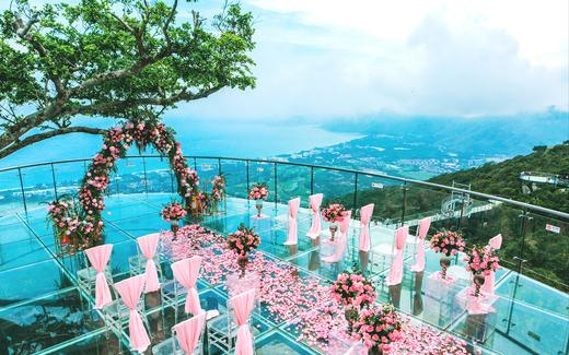 在高山上的海边婚礼—爱在山海之间