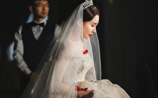 人气摄影总监单机位唯美婚礼拍摄