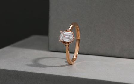 梵尼洛芙-蜜钥 祖母绿经典四爪镶嵌求婚结婚钻戒