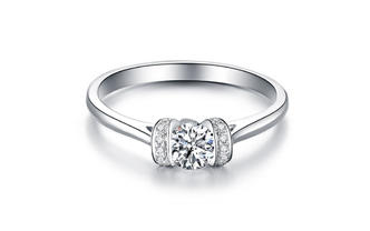 【潮婚节专享】铭刻之吻 加送钻石对戒