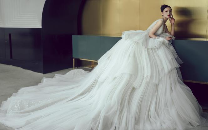 大气裙摆大拖尾婚礼主纱|闪亮奢华