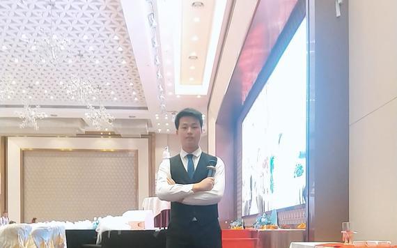 湛江特色婚礼大叔敬酒文化