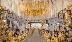 香槟金飞马创意风主题婚礼(含司仪化妆摄影摄像)
