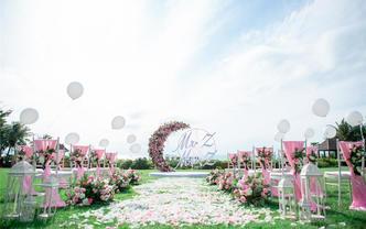 三亚滨海草坪婚礼活动优惠22999元