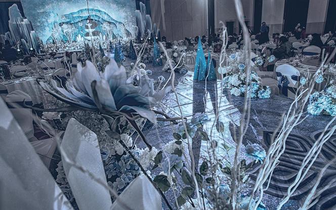 【梦幻季】限时特价14999电影同款《冰雪奇缘》